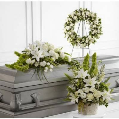 Common questions about funeral flowers that you don't want to ask, but need the answers to. photo